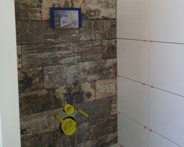 Badkamer met keramisch parket